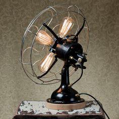 Eine Fan-tastic Lampe von BlinkLab auf Etsy