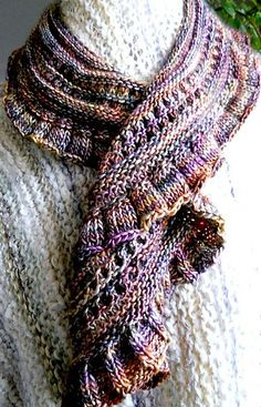 Ravelry: caramora's Cascading Scarf in Piedras - shown in DK weight, other examples in other weights FREE PATTERN