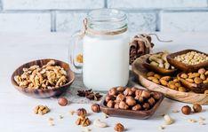Vegan Milk - With so many plant based milk options on the market you can now find a wide variety inside of your favorite supermarket. Yogurt Recipes, Milk Recipes, Real Food Recipes, Almond Milk Yogurt, Cashew Milk, Nut Milk Recipe, Magic Bullet Recipes, Hemp Milk, Milk Alternatives