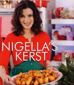 Try this Aromatic Christmas Ham recipe by Chef Nigella Lawson. This recipe is from the show Nigella's Christmas Kitchen. Christmas Ham, Christmas Dishes, Christmas Foods, Christmas Recipes, Christmas Fruitcake, English Christmas, Christmas Cover, Christmas Kitchen, Christmas Treats