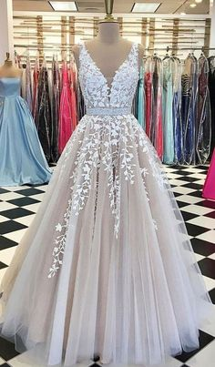 Champagne V-Neck Prom Gowns,Tulle Lace Bridal Dresses,Long Wedding Dress,Tulle Prom Dress,Elegant Ev V Neck Prom Dresses, Long Wedding Dresses, Prom Dresses Online, Formal Evening Dresses, Bridal Dresses, Tulle Wedding, Homecoming Dresses, Long Dresses, Elegant Dresses