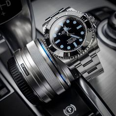 Rolex Submariner Date Men's Watches, Cool Watches, Fashion Watches, Stylish Watches, Luxury Watches For Men, Rolex Boutique, Buy Rolex, Rolex Submariner No Date, Rolex Datejust