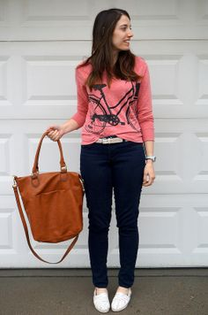 Biking My Way Into the Weekend | Style On Target | bike sweatshirt, cognac tote for less, budget style blog