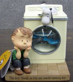 Yes--Proof Linus does wash his blanket    Hallmark Snoopy PAJ4422 Linus and Snoopy Washing Machine Figurine