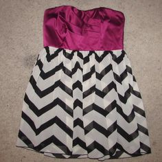 Purple and Chevron Strapless Dress Fushia • chevron • worn twice • short •strong fabric • no rips • ‼️accepting offers WINDSOR Dresses Strapless