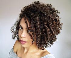 ingredientes Inverted Bob, Holidays And Events, Curly Hair Styles, Beauty Hacks, Hair Beauty, Dreadlocks, Makeup, Tips, Hair Masks