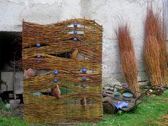 Weidenbau Allgäu Paravent (annetterehle) Tags: weiden paravent weidenbau flechten flechtkunst