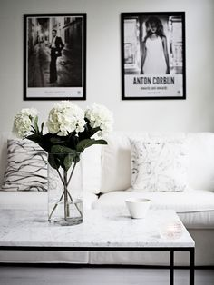 white nude and black themed room Home Living Room, Apartment Living, Living Room Decor, Living Room Inspiration, Interior Inspiration, Interior Decorating, Interior Design, Room Themes, My New Room