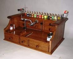 fly tying bench for all of Daves fly tieing stuff!