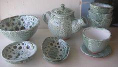 Juego de té torneado. Diseños personalizables, se realizan envíos.  Mas información en ceramicatierraviva@hotmail.com