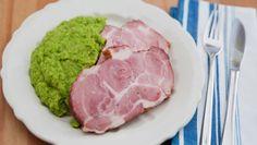 Smoked pork meat with mashed peas Pork Meat, Smoked Pork, Tuna, Fish, Ethnic Recipes, Pisces, Atlantic Bluefin Tuna