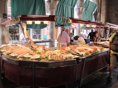 Market by Rialto bridge