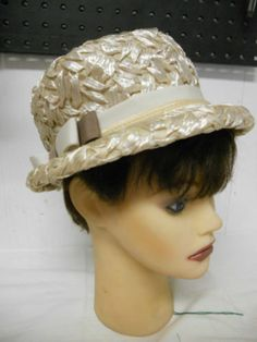 Vintage Union Cap & Millenary Beige Pearlized Straw with Side Bowl Hat