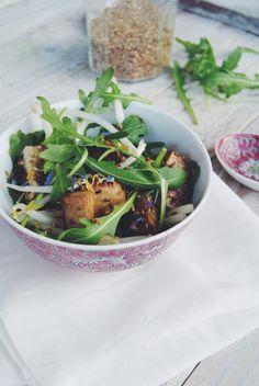 Salade de tofu poelé au sésame