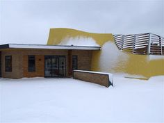 Winter arrived. Finally the snow reached us on Friday January 18 and the centre got its first taste of snow.