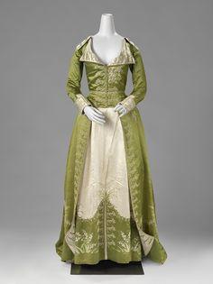 Redingote or Great-Coat Dress. France or The Netherlands (?), c. 1786-1789, silk.