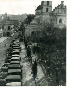 34 Rare Photos Capture Everyday Life of Tegucigalpa, Honduras in the ~ vintage everyday Tegucigalpa, Central America, South America, Sister Cities, Heart Of America, Roatan, City Scene, Rare Photos, City Photo