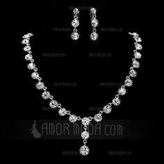 Jewelry - $19.99 - Elegant Alloy With Rhinestone Women's Jewelry Sets (011019309) http://amormoda.com/Elegant-Alloy-With-Rhinestone-Women-S-Jewelry-Sets-011019309-g19309