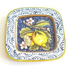 This fruit design is completely unique to Tuscia d'Arte. It's rustic elegance and vibrant colors distinguish it as a contemporary work of art you'll keep forever. Great for serving appetizers or hung on the wall as decoration. Square Platter - Lemons : Emilia Ceramics #holiday #entertaining