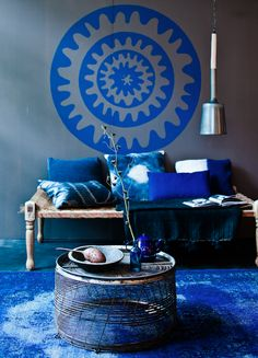 Pantone Spring 2014 colors, Dazzling Blue. Few Ideas How To Add Dazzling Blues In Your Home