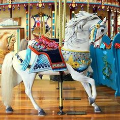'White Carousel Horse' by anitahiltz Carosel Horse, Painted Rocks Kids, Wooden Horse, Painted Pony, Merry Go Round, Painting Videos, Pretty Horses, Horse Photography, Horse Art