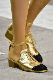 6fce8078b4b0 Bildergebnis für sandals gold chanel Chanel Shoes