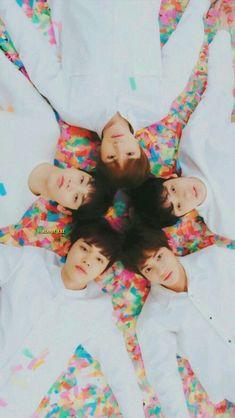 17 ideas memes kpop sweets for 2019 K Pop, V Bts Wallpaper, Fandoms, The Dream, Kpop Groups, K Idols, Mini Albums, Minions, Parka
