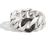 Le bracelet maillons de Pomellato 67 http://www.vogue.fr/joaillerie/le-bijou-du-jour/diaporama/le-bracelet-maillons-gourmette-de-pomellato-67/16604