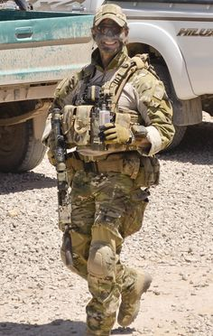 Sergeant Blaine Diddams, who was deployed as a Regiment Patrol Commander with the Special Operations Task Group in Afghanistan, was killed during an engagement with insurgents in the Chorah district of Uruzgan province on 2 July Military Women, Military Police, Military Weapons, Navy Military, Military Photos, Special Forces Gear, Military Special Forces, Special Air Service, Special Ops