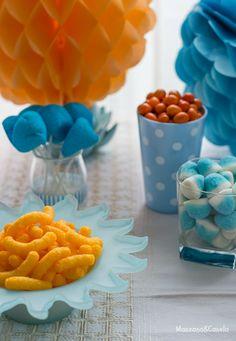 Mesa de dulces fiesta tematicas naranja y azul
