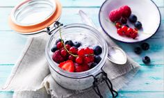 Almased Rezepte: Overnight Müsli – Keep up with the times. Breakfast And Brunch, Chocolate Fondue, Panna Cotta, Low Carb, Healthy Eating, Dishes, Ethnic Recipes, Desserts, Loosing Weight