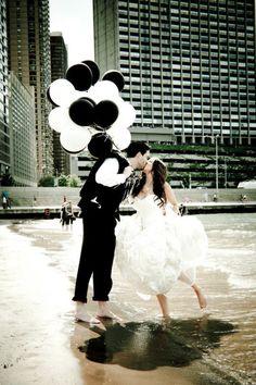 Classy black white balloons make a fun photo prop for the bride groom Wedding Blog, Dream Wedding, Wedding Ideas, Wedding Stuff, Wedding Pins, Gold Wedding, Wedding Photography Inspiration, Wedding Inspiration, Black And White Balloons