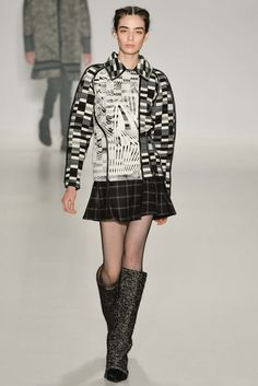 Custo Barcelona - Fall 2015 Ready-to-Wear - Look 1 of 75 - graphic black white greay, filrty mini skirt, tall boots