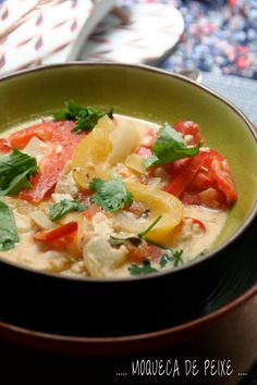 Moqueca de peixe, signé Et Charlotte découvrit la cuisine Thai Red Curry, Charlotte, Ethnic Recipes, Food, Fish, Essen, Meals, Yemek, Eten