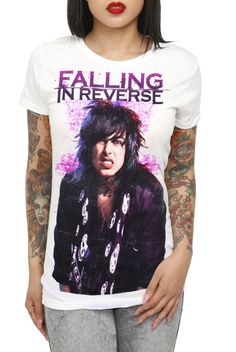 How does emo clothing relate to there behaviours?