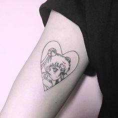 """스프링타투_spring tattooist_busan (@bomiomi) on Instagram: """"Moon크리스탈 파웟! coming sooon 스프링타투 문의카카오ID:kbmkbm 레터링&미니타투보는계정:@spring_tat2 #sailormoontattoo #usagitsukino #usagitattoo #sailormoon #animetattoo"""