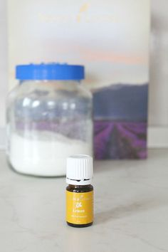 DIY FLEA REPELLENT FOR HOME - Get rid of those nasty fleas the healthy, natural way! Make an easy homemade flea repellent for your home with a few simple, inexpensive ingredients you most likely have on hand. Diy Hanging Shelves, Diy Wall Shelves, Deep Cleaning Tips, Cleaning Hacks, Homemade Flea Killer, Cleaning Painted Walls, Homemade Cleaning Products, Towel Storage, Simple Life Hacks