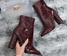 5 Spring Fashion Essentials You Have to Invest On - thatgirlArlene Knee Boots, Heeled Boots, Bootie Boots, Cute Shoes, Me Too Shoes, Shoes Uk, Girls Winter Boots, Leopard Print Heels, Girls Heels