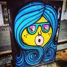 Street art !  #streetart #art #paris #france #wallart #instaart #wallstreetart #graffiti #graffitiart #oeuvre #paris14 #iloveparis #instagraffiti #instapaint #urbanart #parisarturbain #mural #painted