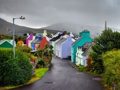 With rows of brightly painted houses and the fantastic scenery of the Slieve Miskish mountains, the village of Eyeries looks suspiciously like it's really just a film set that's simply too quaint to be real. And while it has provided the backdrop for a few films, Eyeries is very much a real Irish village (albeit with the charm turned up to 90) and, together with the nearby village of Allihies, it makes for the perfect stop on any road trip along the Ring of Beara