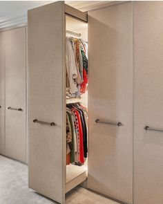 Comment one word to describe this walkin closet. Dont forget to Share your thoughts Credits : laurahammett.interiors via interior_deco_passion . Wardrobe Room, Wardrobe Design Bedroom, Bedroom Furniture Design, Home Decor Furniture, Space Saving Furniture, Wardrobe Door Designs, Closet Designs, Small Closet Design, Home Room Design