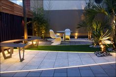 contemporary solutions for your large town garden