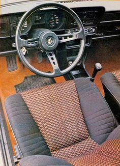 Alfa Romeo Alfasud TI 1.5l - Intérieur Alfa Romeo Alfasud, Alfasud Sprint, Alfa Alfa, Car Interiors, Dashboards, Car Stuff, Fiat, Cool Cars, Sport