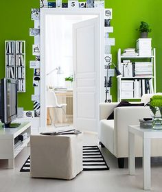 I'm loving black and white decor with a bright accent color!