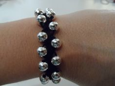 Tutorial: bracciale facilissimo all'uncinetto con perle