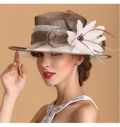 Women s ladies female fashionable natural feather coffee ivory pathwork red turquoise green high quality luxury sinamay church wedding party event hats fedoras beach sunhats - Material : Linen Size : Universal size , it fit Sinamay Hats, Millinery Hats, Fascinators, Headpieces, Tea Party Attire, British Hats, British Style, Flapper Accessories, Wedding Hats