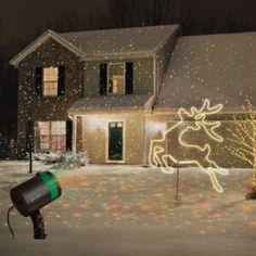 Laserové vánoční projektory nastavíte již za 5 minut! Christmas Lawn Decorations, Decorating With Christmas Lights, Garden Decorations, Holiday Decor, Outdoor Christmas Projector, Outdoor Projector, Star Shower Laser Light, Disco Licht, Star Laser