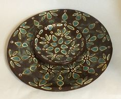 Slip trail and glaze patterning. Handmade Pottery, Glaze, Trail, Ceramics, Tableware, Pattern, Enamel, Ceramica, Handmade Ceramic