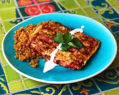 """We are getting hungry just looking at this! Spice up the weekend with this take on a Mexican dish featuring our zero net-carb rice!FYI, check out our NUCO Organic Coconut Wraps! They would be perfect for the tortilla!""""KETO: Cheese Enchiladas w/coconut flour tortillas on Miracle Noodle Spanish rice - maybe because I'm from Southern California, but Mexican food is a huge part of summer for me...and I bet if you were served these bad boys at a Mexican restaurant, you probably couldn't tell tha Miracle Rice, Miracle Noodles, Rice Recipes, Mexican Food Recipes, Low Carb Recipes, Noodle Recipes, Coconut Flour Tortillas, Coconut Wraps, Cheese Enchiladas"""