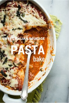 A super rich tomato sauce with sweet Italian sausage meat and layers of lasagna noodles | Foodness Gracious